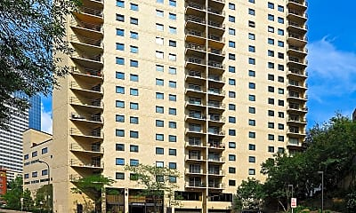 Building, 1225 Lasalle Ave 1204, 2