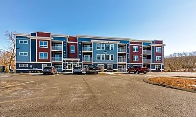 Building, Beaver Brook Crossing, 0
