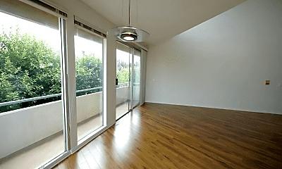 Patio / Deck, 3975 Meier St, 2
