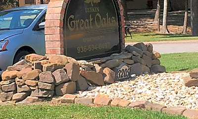 Great Oaks Apartments, 1