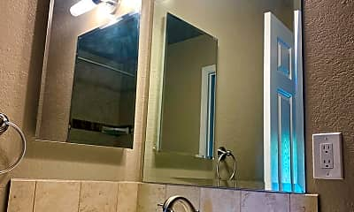 Bathroom, 1973 San Luis Ave, 2