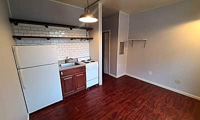 Kitchen, 321 Melwood Ave, 1