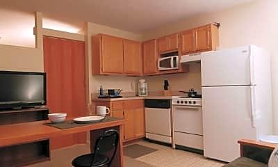 Kitchen, 634 W Magnolia Ave, 1