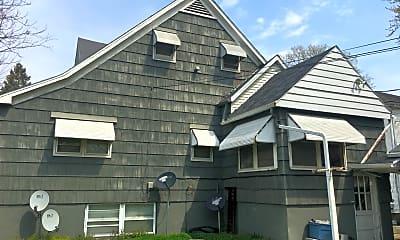 Building, 805 E Chestnut St, 2