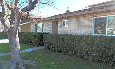 Building, 2854 Malabar Ave, 1