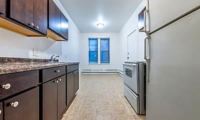 Kitchen, 4653 W Jackson Blvd, 2