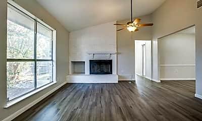 Living Room, 5102 Lakeridge Ct, 1