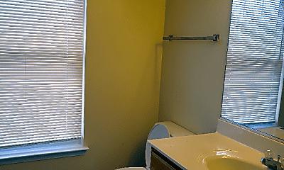 Bathroom, 1121 County St, 2