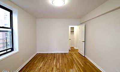 Bedroom, 132-57 Sanford Ave, 2
