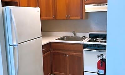Kitchen, 2834 Atlantic Ave 1114, 1