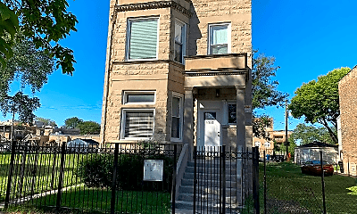 Building, 5322 S Indiana Ave, 0