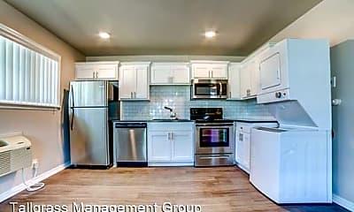 Kitchen, 2628 E 8th St, 0