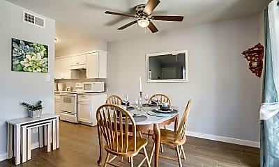 Dining Room, 2233 W Farmdale Ave 1, 1