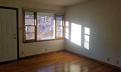 Living Room, 116 N Meldrum St, 0