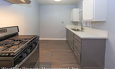Kitchen, 1377 N Warren Ave, 1