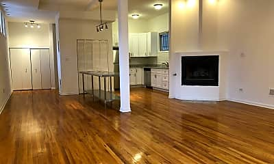 Living Room, 1121 N Wood St, 0