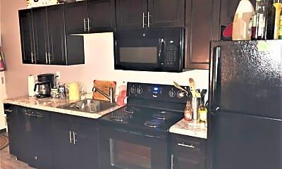 Kitchen, 2134 E Carson St, 0