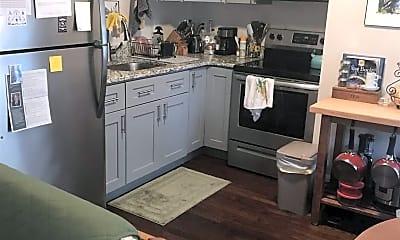 Kitchen, 93 Maple St 1R, 2