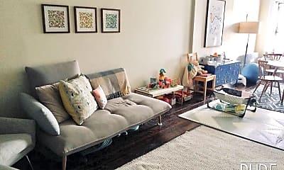 Living Room, 478 Henry St, 1