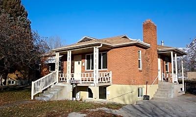 Building, 1458 N 300 W, 1