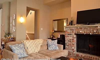 Bedroom, 300 Lombard St, 2