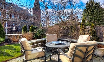 Patio / Deck, 21 John St, 2