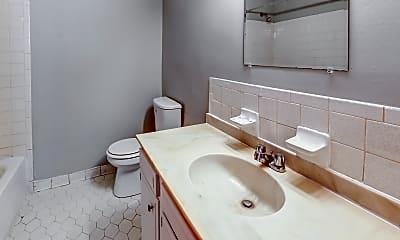 Bathroom, Cardinal Hill Gardens, 2