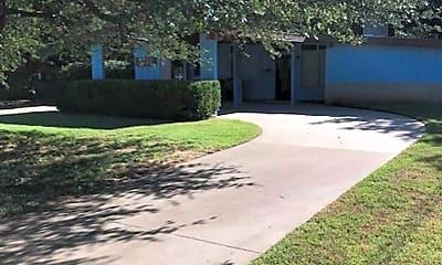 Building, 2527 Fairfield Dr, 1
