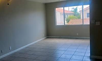 Living Room, 322 W 9th St, 1
