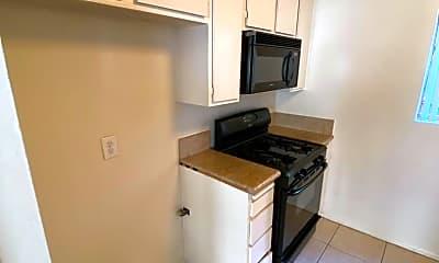 Kitchen, 15040 Moorpark St, 2
