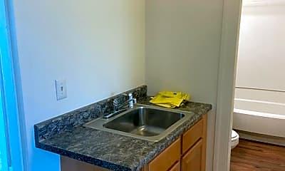 Kitchen, 26 Catharine St, 1