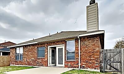 Building, 608 Bushdale Drive, 2
