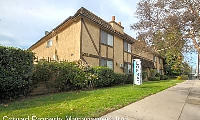 Building, 7457 Woodman Ave, 0