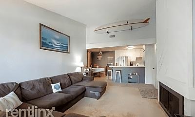 Living Room, 9229 Village Glen Dr, 1