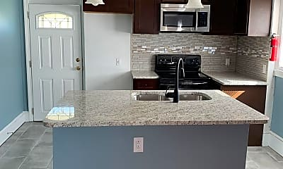 Kitchen, 18 E Peedin Rd, 2