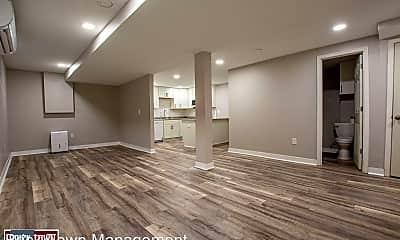 Living Room, 114 N 38th St, 1