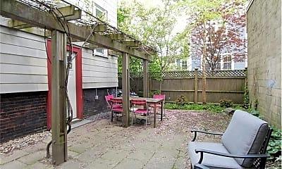 Patio / Deck, 34 Essex St, 2