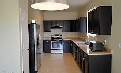 Kitchen, 1219 S Emmett Dr, 1