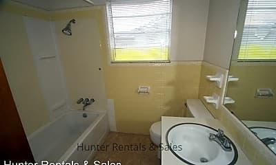 Bathroom, 2013 Dennis St, 2