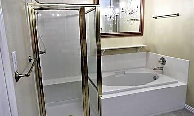 Bathroom, 1917 Cavender Cir, 2