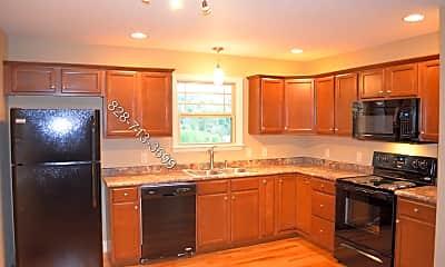 Kitchen, 15 Cottage Creek Lane, 1