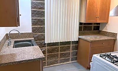 Kitchen, 5233 E Ocean Blvd, 2