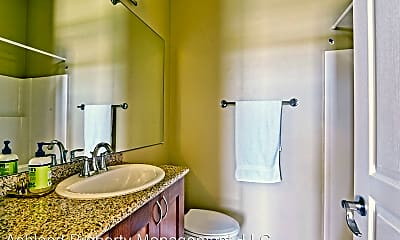 Bathroom, 184 Clear Creek Dr, 2