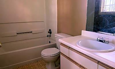 Bathroom, 3607 Mynders Ave, 2