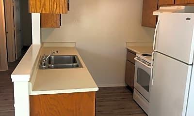 Kitchen, 2508 Standiford Ave, 2