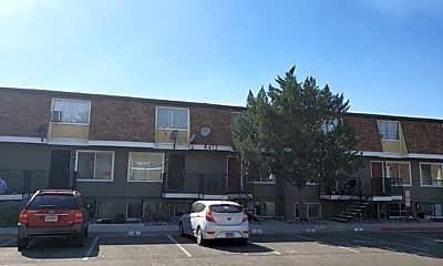 Building, 1412 E 9th St, 1