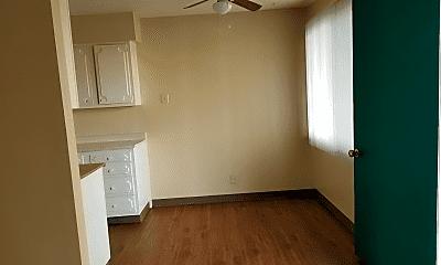 Kitchen, 221 Stoddard Dr, 1