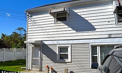 Building, 124 S Maple St, 1