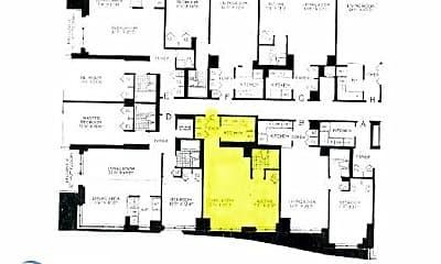 Patio / Deck, 124 W 60th St, 2