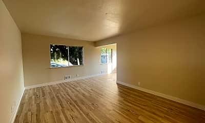 Living Room, 134 Washington St, 1